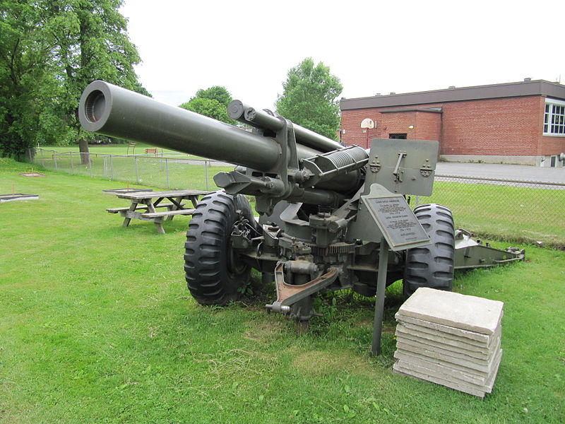 Gun, ammo, or Ransom technique 800px-M114_155_mm_howitzer%2C_Cowansville%2C_Qc_%282%29