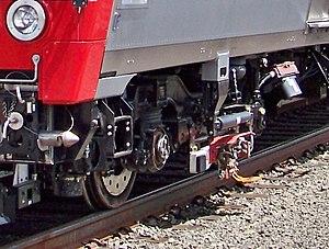 M8 (railcar) - M8 dual mode third rail shoe