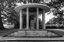 Magna Carta Monument.jpg
