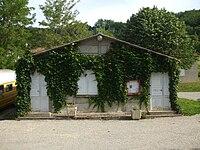 Mairie d'Aigues-Juntes.jpg