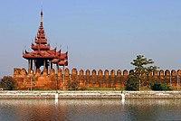 Le mura di Mandalay