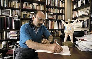 Foto de MANUEL VÁZQUEZ MONTALBÁN