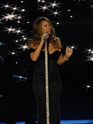 Mainstream Top 40 - Image: Mariah Carey Neighborhood Ball in downtown Washington 2009 3 2