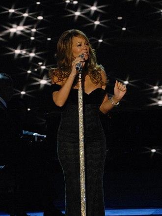 Mainstream Top 40 - Image: Mariah Carey Neighborhood Ball in downtown Washington 2009 3 2