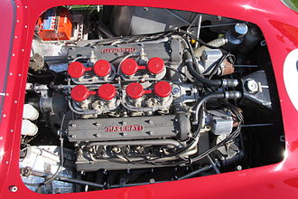 Maserati 450S - The engine in the Maserati 450S