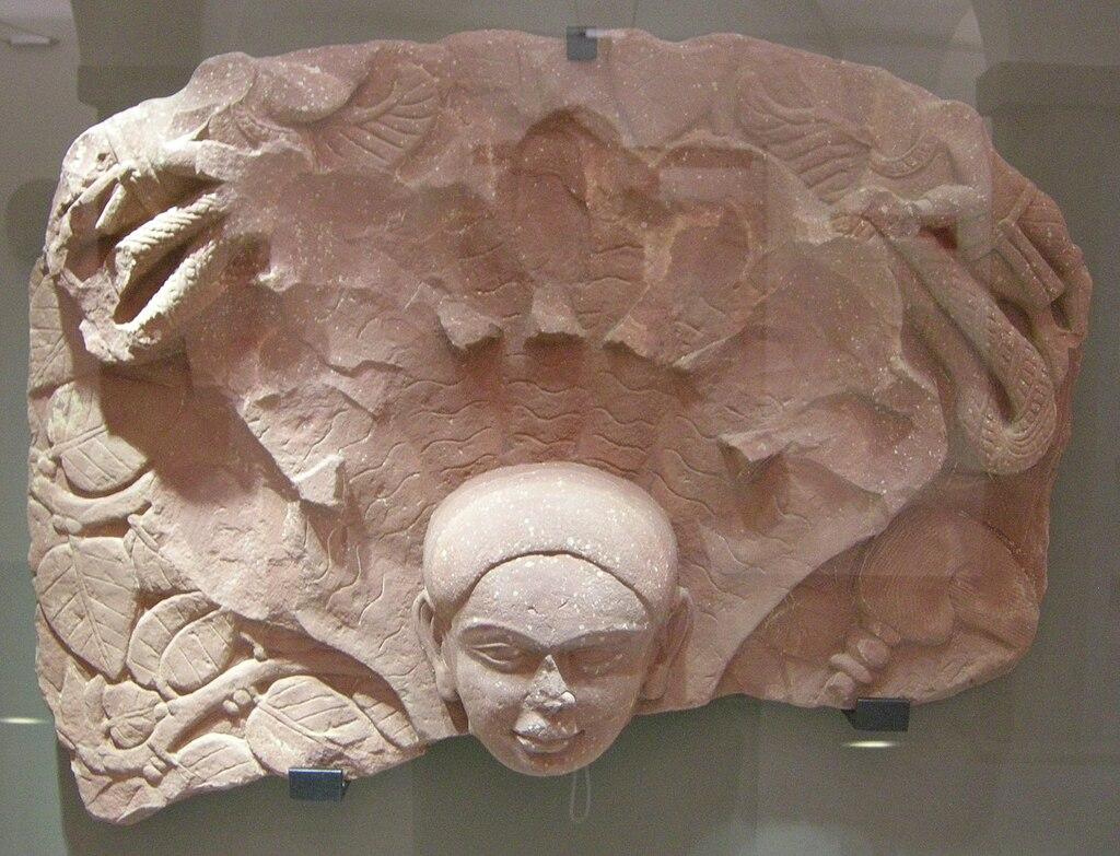 Mathura (Uttar pradesh), tirthankara parshvanatha, II sec.JPG