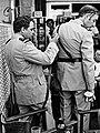Maurice Risch et Guy Grosso 1978 — Tournage Le Gendarme et les Extra-terrestres.jpg