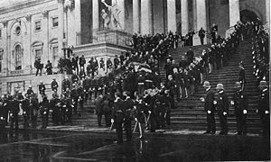 State funerals in the United States - A guard of honor carrying the casket of William McKinley up the center steps of the Capitol for the lying in state on September 17, 1901.