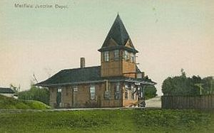 Medfield Junction 1906 postcard.jpg