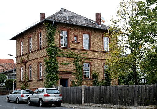 Messel Bahnhofstr 10 ehem Schule