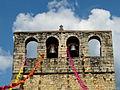 Meyrals église clocher-mur.JPG