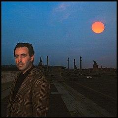 Michele Santoro nel 1987 in una foto di Augusto De Luca per il programma Samarcanda