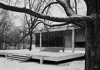 National Register of Historic Places listings in Kendall County, Illinois - Image: Mies van der Rohe photo Farnsworth House Plano USA 4