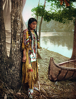 English: Native American girl