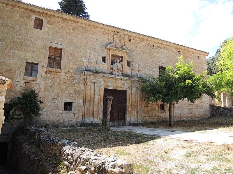 Monasterio de San Pedro de Arlanza (7954137844).jpg