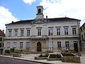 Montbard-Hôtel de Ville.jpg
