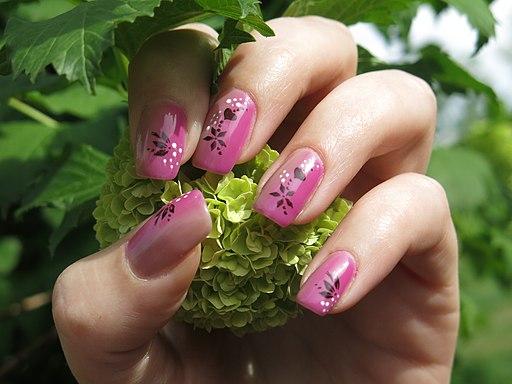 Nails and nature (17357450972)