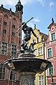 Neptune fountain in Gdansk.JPG