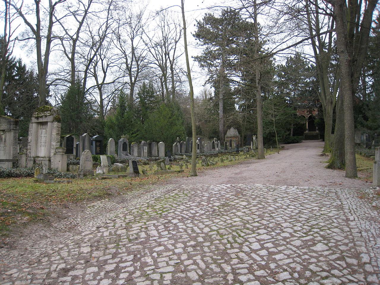 Neuer jüdischer Friedhof Erfurt 3.JPG
