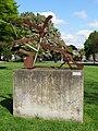 Nijmegen - Sculptuur van Auke de Vries in het Julianapark.jpg