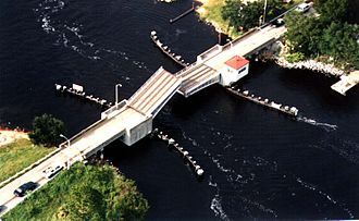 The Auchter Company - The old 1937 Palm Valley drawbridge, built by The Auchter Company that was demolished and replaced in 2002