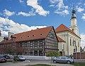 Oleśnica Kościół pw. Świętej Trójcy.jpg