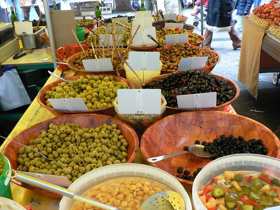 Olives au marche de Toulon p1040238