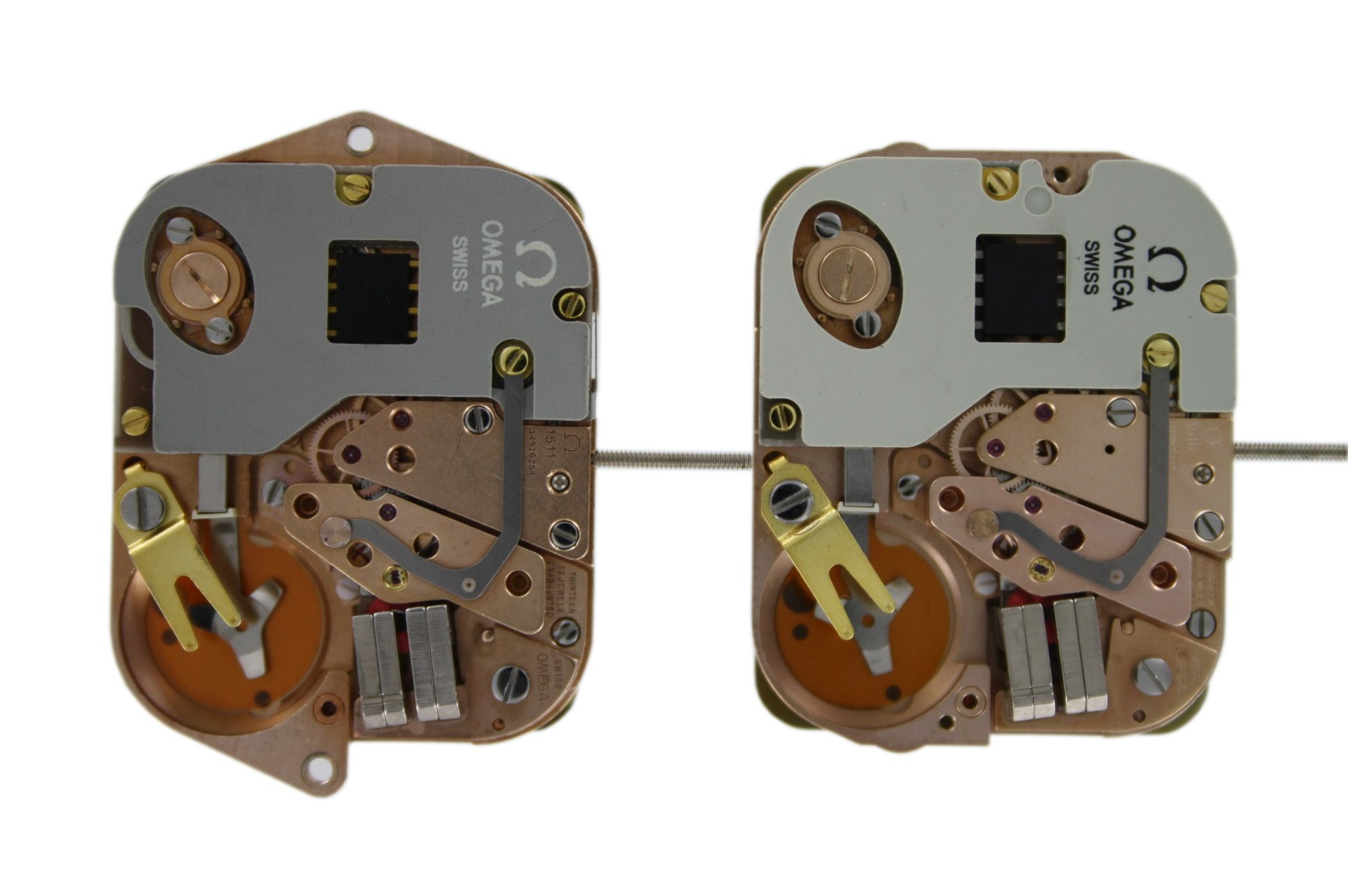 1920px-Omega_1511_and_1516_movement.jpg