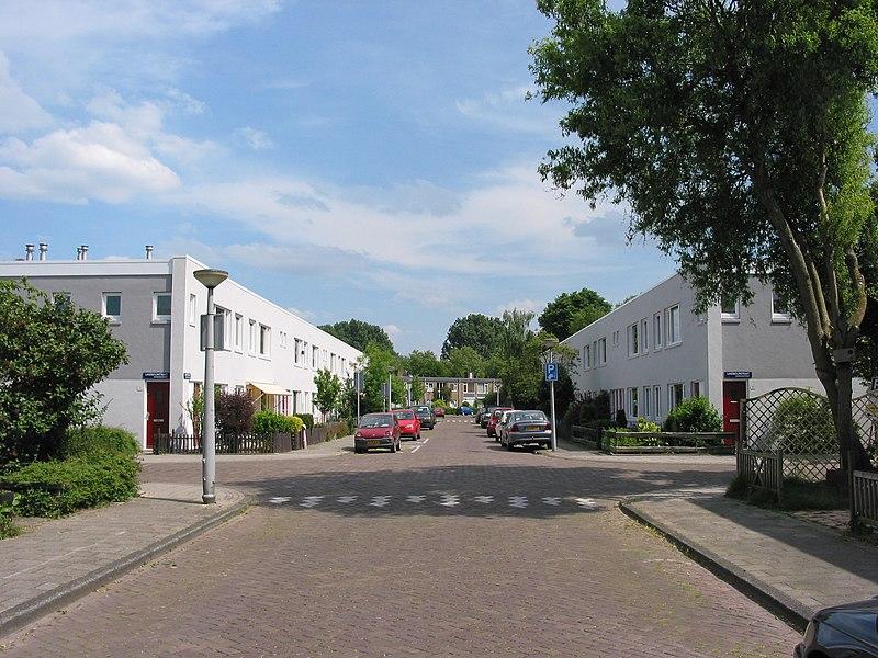 File:Oogststraat Betondorp Amsterdam NL 1.jpg
