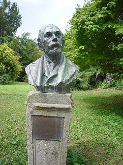 Orto botanico - busto Pirotta 1230399.JPG