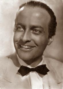 Osvaldo Valenti httpsuploadwikimediaorgwikipediacommonsthu