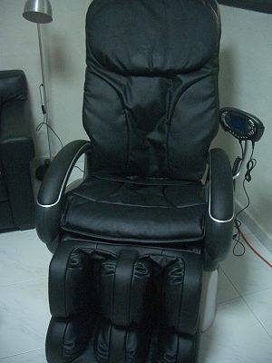 Massage chair - Robotic massage chair