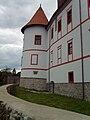 Ozalj-Stari Grad- Seitenansicht.JPG