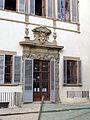 Palazzo venturi ginori, lato giardino 12 portale con stemma medici.JPG