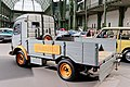 Paris - Bonhams 2017 - Renault Goélette pick up - 1961 - 002.jpg