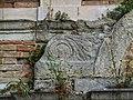 Particolare della facciata della fontana vecchia 1.jpg
