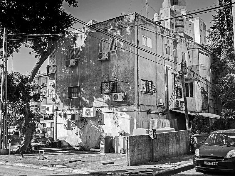 הבית בשדרות ירושלים 9 רמת גן