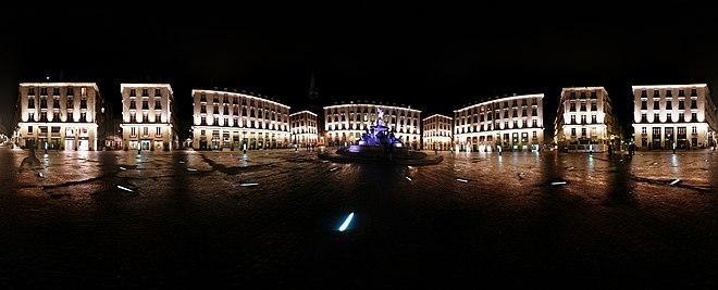 Place royale nantes wikip dia for Piscine miroir wikipedia