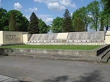 Pomník na orlovském hřbitově, připomínající české oběti Sedmidenní války a následujícího tzv. plebiscitního období