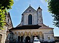 Pontigny Abbatiale Fassade 4.jpg