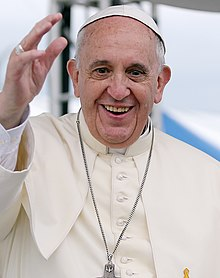 The 81-year old son of father Mario Jose Bergoglio and mother Regina Maria Sivori, 175 cm tall Pope Francis in 2018 photo