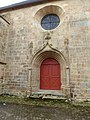 Porte laterale de l'eglise de pluvigner - panoramio.jpg