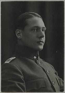 Portrait of Jorma Gallen-Kallela after the Finnish Civil War, 1918. (14748224743).jpg