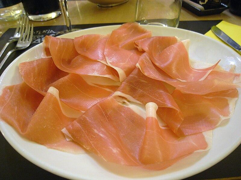 File:Prosciutto di Parma - affettato2.jpg