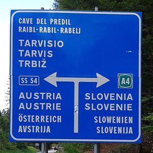 Quadrilingual traffic sign