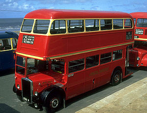 Leyland Titan (front-engined double-decker) - Image: RTL554 Middle Walk, Blackpool, 16.8.1991