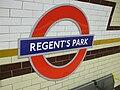 Regent's Park stn roundel.JPG