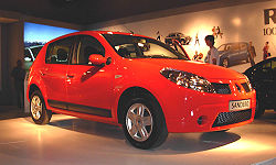 Renault Sandero - 2008 Montevideo Motor Show.jpg
