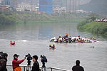Rescue Team Searching Crashed B-22816 in Keelung River 20150204d.jpg