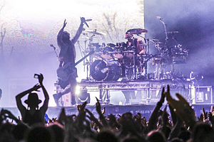 The Hunting Party (album) - Linkin Park embarked with American rock band Thirty Seconds to Mars on the double-headline Carnivores Tour.